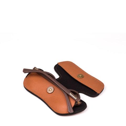 porta óculos briller case de couro caramelo da escudero