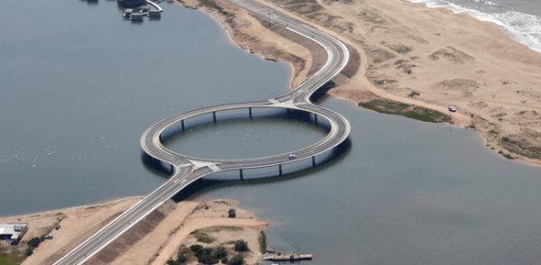 ponte laguna garzón no uruguai